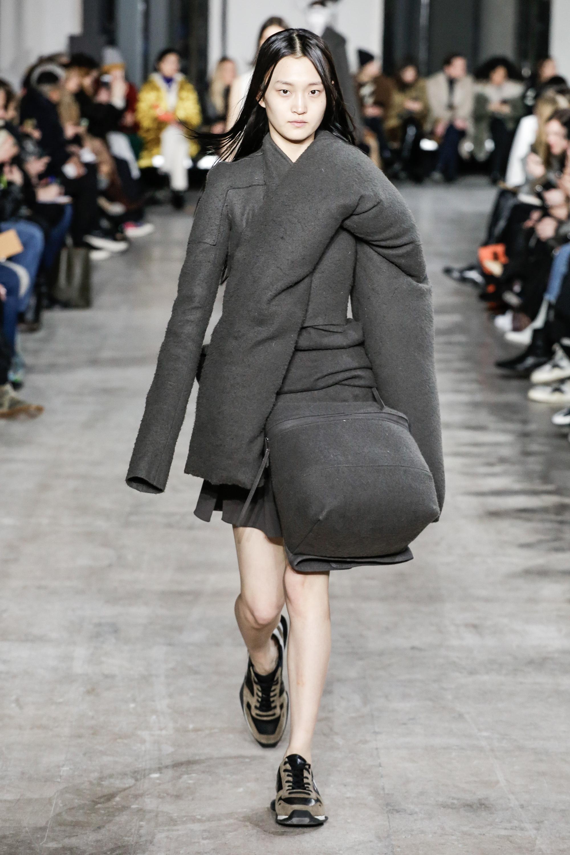 8799607a9356 Rick Owens Ready to Wear Fall Winter 2018 Collection Paris Fashion Week  Valerio Mezzanotti   NOWFASHION